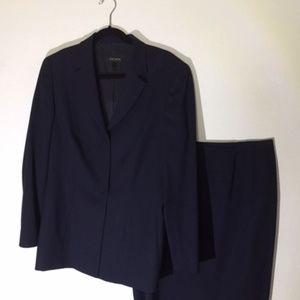 ESCADA vintage navy blue skirt suit